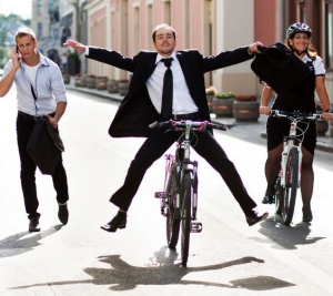 HappyBusinessPeopleBikes_REALIMAGE_MED_CROPPED